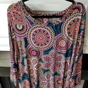 Tops - 2X Paisley Print Boutique tunic